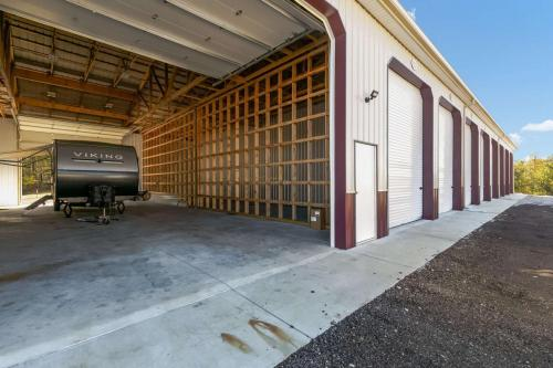 Storage Units for RVs & Boats